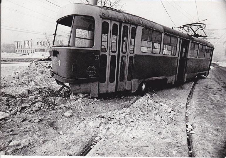Svihnuvshijsya-tramvaj